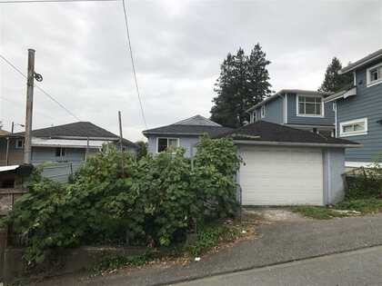 Photo 3 at 1333 E 41st Avenue, Knight, Vancouver East