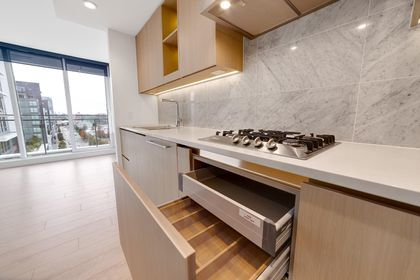 Photo 9 at 1214 - 1768 Cook Street, False Creek, Vancouver West